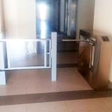 Torniquete-de-acceso-y-puerta-minusvalido
