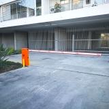barrera-vehicular-lady4m-edificio-holanda-providencia