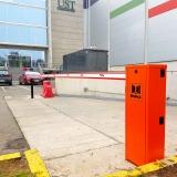 barrera-lady-5-beninca-en-estacionamiento-comite-olimpico
