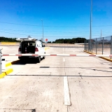 barrera-vehicular-eva-7-lau-en-aeropuerto-santiago