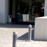 Pilonas-manuales-desmontables-con-llave