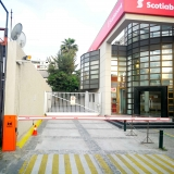 barrera-vehicular-lady4-en-banco-scotiabank-nunoa
